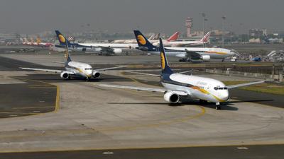 VT-JNX - Boeing 737-85R - Jet Airways