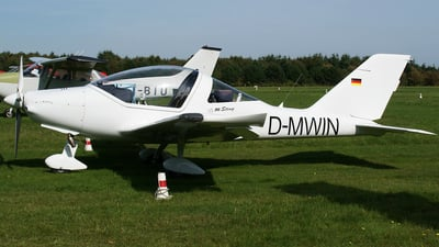 D-MWIN - TL Ultralight TL-96 Sting - Private