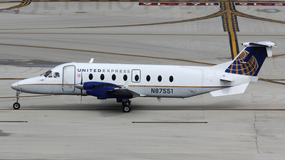 N87551 - Beech 1900D - United Express (Silver Airways)