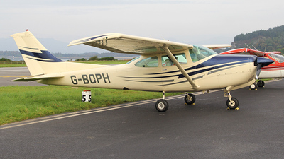 A picture of GBOPH - Cessna TR182 Turbo Skylane RG - [R18201031] - © Ian Howat