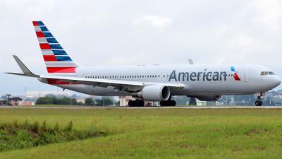 N349AN - Boeing 767-323(ER) - American Airlines