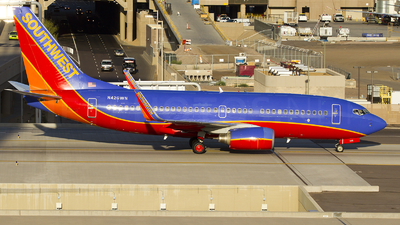 N426WN - Boeing 737-7H4 - Southwest Airlines