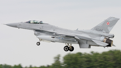 4044 - Lockheed Martin F-16C Fighting Falcon - Poland - Air Force