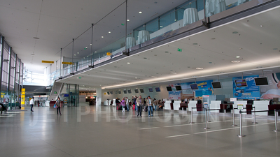LOWG - Airport - Terminal