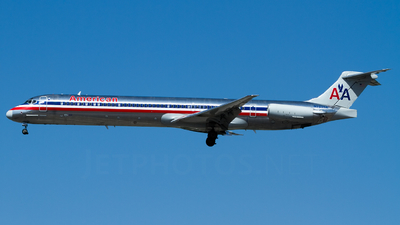 N7535A - McDonnell Douglas MD-82 - American Airlines