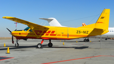 ZS-NIZ - Cessna 208B Super Cargomaster - DHL (Solenta Aviation)