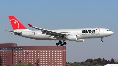 N857NW - Airbus A330-223 - Northwest Airlines