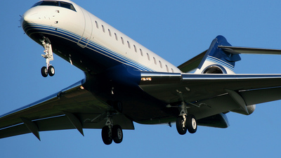 N6VB - Bombardier BD-700-1A10 Global Express - Private