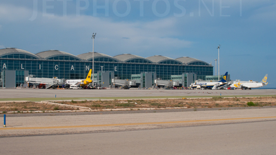 LEAL - Airport - Ramp