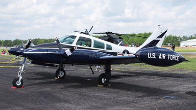 N5076A - Cessna U-3B Blue Canoe - Private