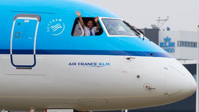 PH-EZI - Embraer 190-100STD - KLM Cityhopper