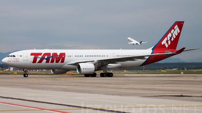 PT-MVU - Airbus A330-223 - TAM Linhas Aéreas