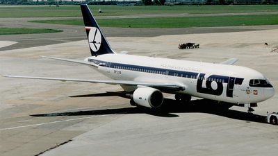 SP-LOB - Boeing 767-25D(ER) - LOT Polish Airlines