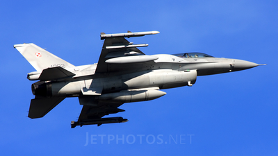 4082 - Lockheed Martin F-16D Fighting Falcon - Poland - Air Force