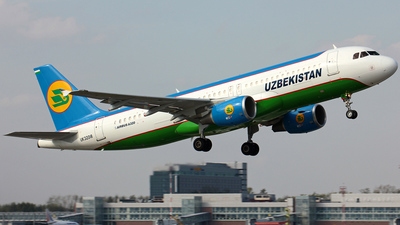UK-32018 - Airbus A320-214 - Uzbekistan Airways