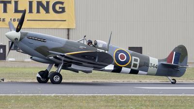 G-IXCC - Supermarine Spitfire Mk.IX - Private