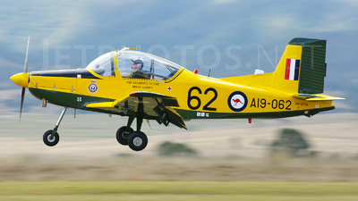 VH-CTQ - New Zealand Aerospace CT-4A Airtrainer - Private