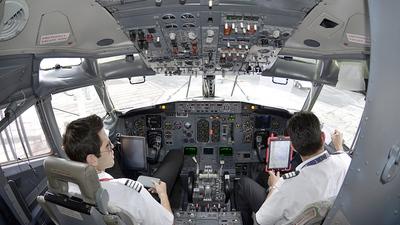 EI-EOZ - Boeing 737-3Q8 - VivaAerobus