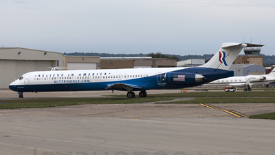 N949NS - McDonnell Douglas MD-83 - USA Jet Airlines