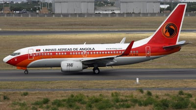 A picture of D2TBH - Boeing 7377M2 - TAAG Angola Airlines - © Bianca Renz