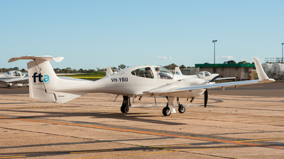 VH-YBU - Diamond DA-42 Twin Star - Flight Training Adelaide