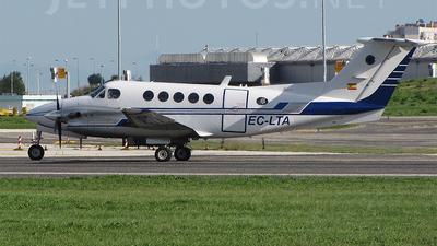 EC-LTA - Beechcraft B200 Super King Air - Private