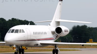 A picture of N229QS - Dassault Falcon 2000 - NetJets - © Agustin Anaya