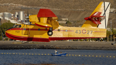 UD.13-27 - Canadair CL-215T - Spain - Air Force