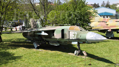 867 - Mikoyan-Gurevich MiG-23ML Flogger G - Bulgaria - Air Force