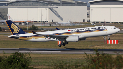 A picture of FWWYE - Airbus A330 - Airbus - © Rodrigo Carvalho