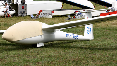 HA-4293 - Schempp-Hirth Cirrus - Private