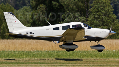 LV-BGL - Piper PA-28-181 Archer III - Private