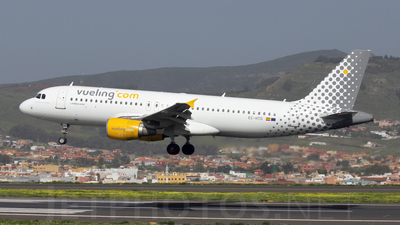 EC-HTD - Airbus A320-214 - Vueling Airlines
