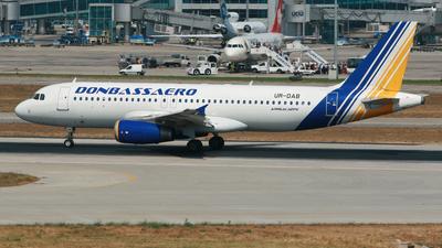 UR-DAB - Airbus A320-231 - Donbassaero