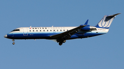 A picture of N833AS - Mitsubishi CRJ200ER - [7246] - © FOKKER AIRCRAFT