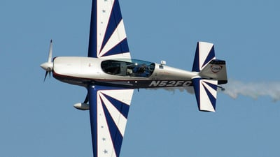 N52FC - Extra 300L - Private