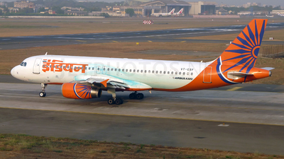 VT-ESF - Airbus A320-231 - Indian Airlines