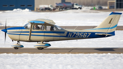 N79567 - Cessna 172K Skyhawk - Private