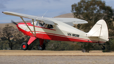 VH-MOM - Piper PA-22-150 Pacer - Private