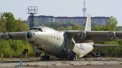 85 - Antonov An-12 - Ukraine - Air Force