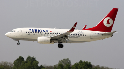TC-JKJ - Boeing 737-752 - Turkish Airlines