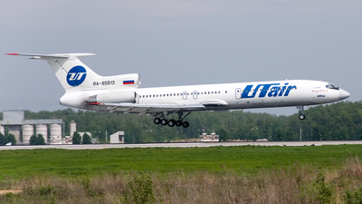 RA-85813 - Tupolev Tu-154M - UTair Aviation