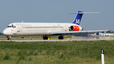 SE-DIS - McDonnell Douglas MD-82 - Scandinavian Airlines (SAS)