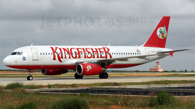 VT-DKS - Airbus A320-232 - Kingfisher Airlines