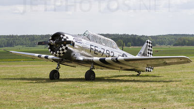 SE-FUZ - North American AT-6 Harvard IIA - Private