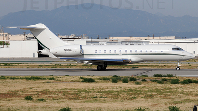N10SL - Bombardier BD-700-1A11 Global 5000 - Private