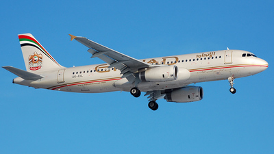 A6-EIL - Airbus A320-232 - Etihad Airways