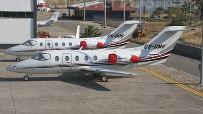 CS-DMV - Raytheon Hawker 400XP - NetJets Europe