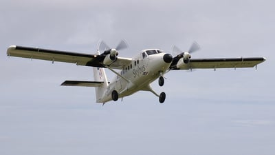 G-CEWM - De Havilland Canada DHC-6-300 Twin Otter - Isles Of Scilly Skybus