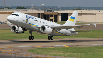 UR-ABA - Airbus A319-115X(CJ) - Ukraine - Government